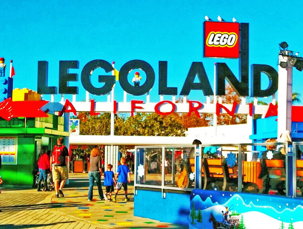 Christmas At Legoland California See Santa Sleeps5