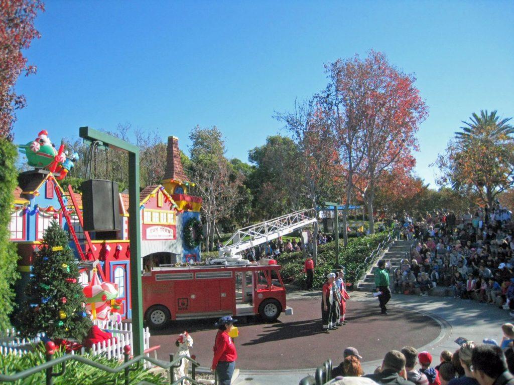 Christmas At Legoland California See Santa Sleeps5